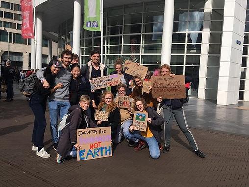 politicus barabara oomen vecht voor jou rechten met duurzaamheid klimaatmars studenten