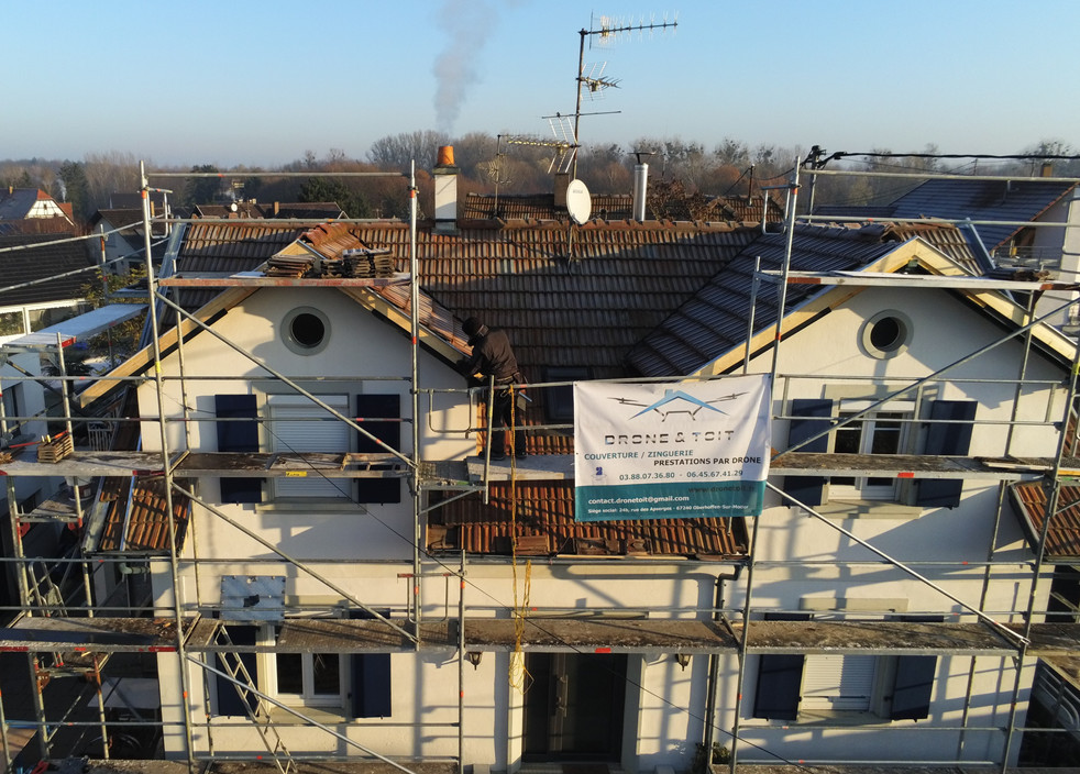 rénovation_toiture_drone&toit.jpg