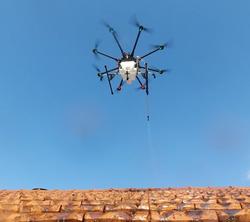 drone de démoussage-traitement-dronetoit.jpg