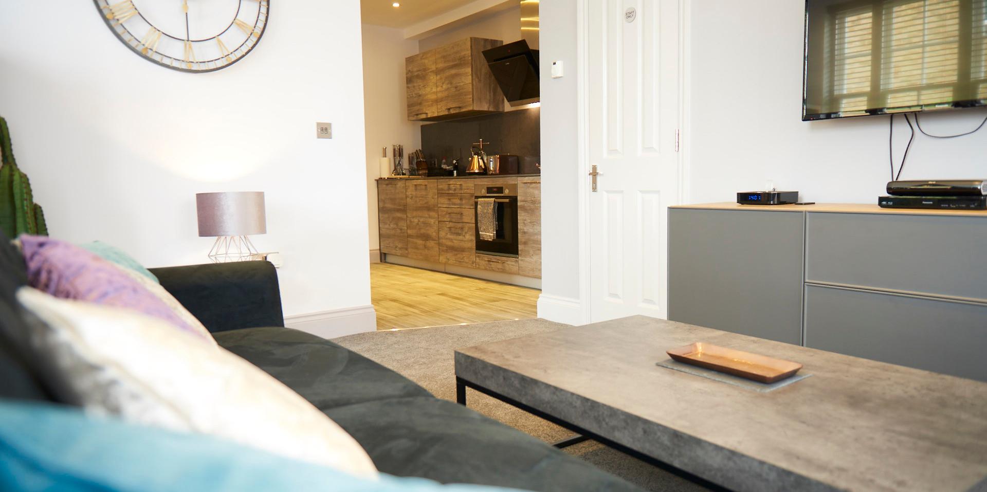 Hampton Court Serviced Apartment JANE