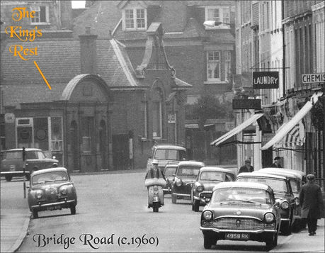c.1960 Hampton Court Bridge Road