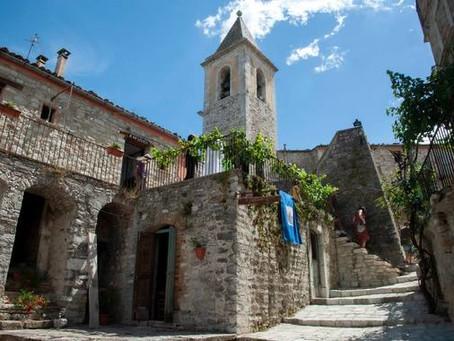 Vilarejo italiano oferece hospedagens gratuitas na retomada do turismo