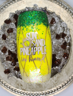 25oz Wine tumbler - pineapple