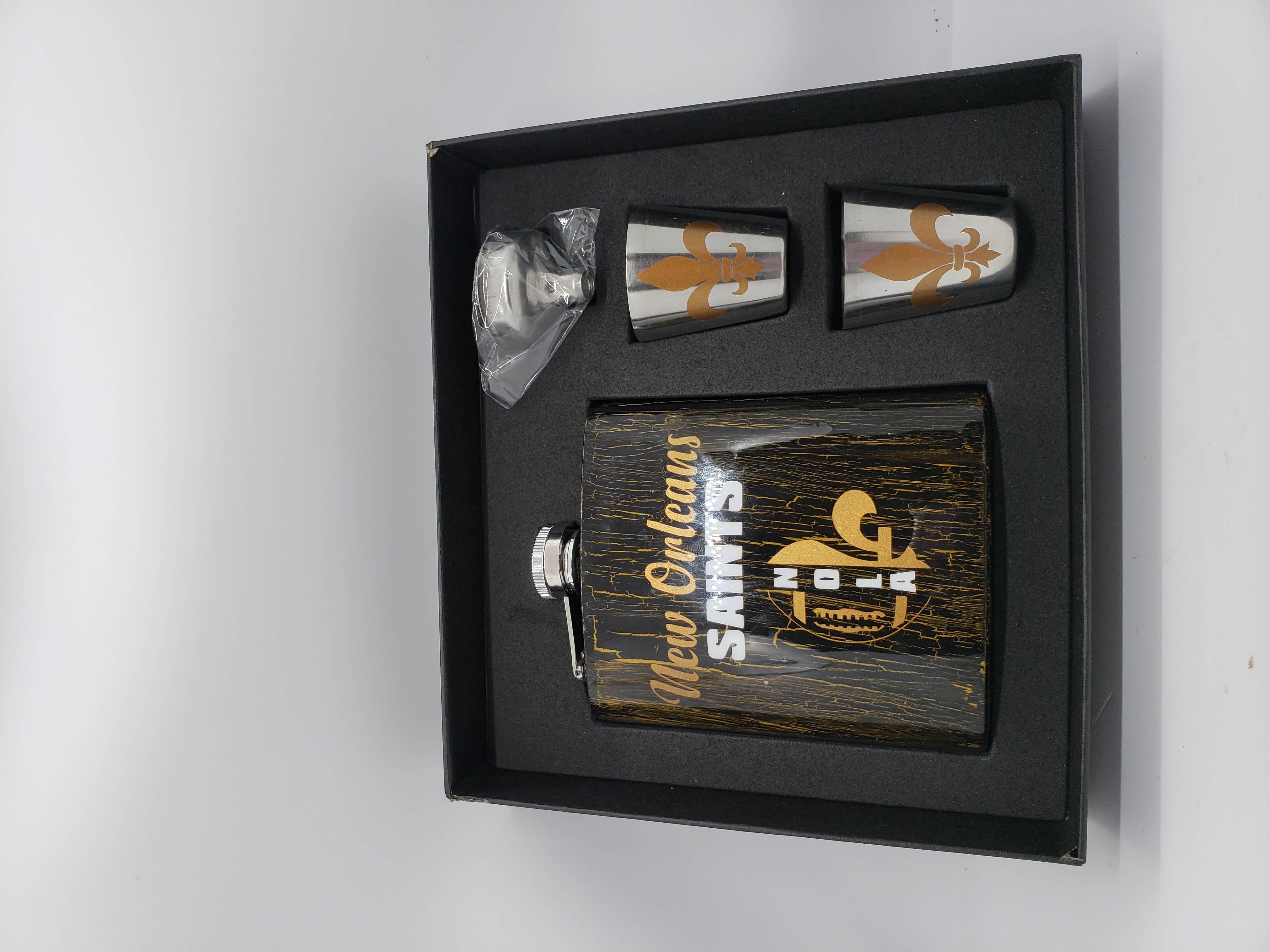 NOLA Saints Flask Set w_crackle finish