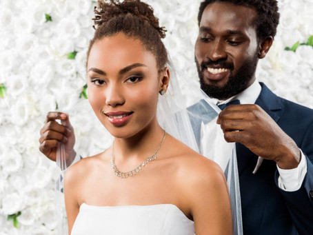 What Nobody Tells You About Getting Your Hair and Makeup Done on Your Wedding Day