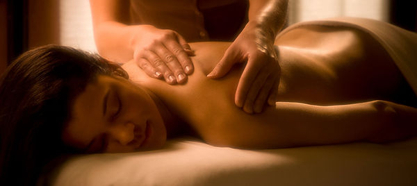 Spa_Massage2_Mast_Large.jpg