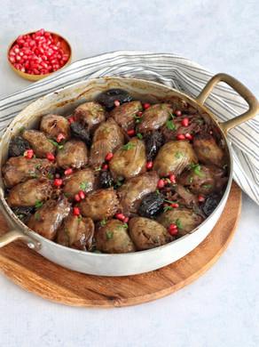 תבשיל בצלים ממולאים חגיגי שמכינים בתנור!
