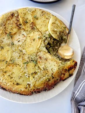 אורז עם עוף, אפונה, עשבי תיבול ותדיג' בתבנית אחת - בתנור!