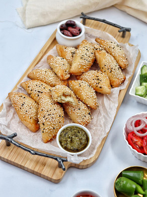 בוריקיטס במילוי גבינות מבצק פטנט - בצק מיונז