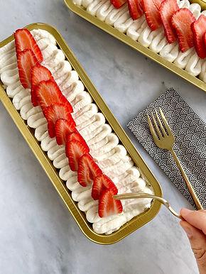 עוגת מסקרפונה תותים