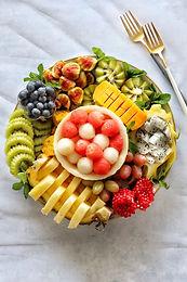 המדריך להכנת מגשי פירות מעוצבים