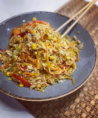 אורז מטוגן בסגנון אסיאתי