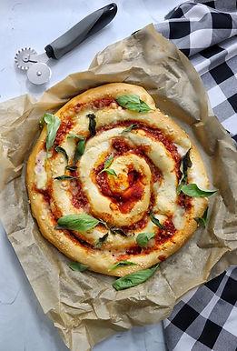 פיצה רול