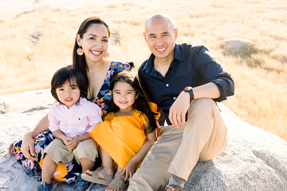 Ashley Norton Photography does a family photo session in Clovis, CA.