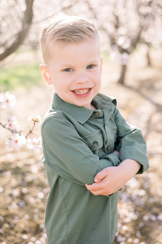 Fresno family photographer Ashley Norton Photography in blossom
