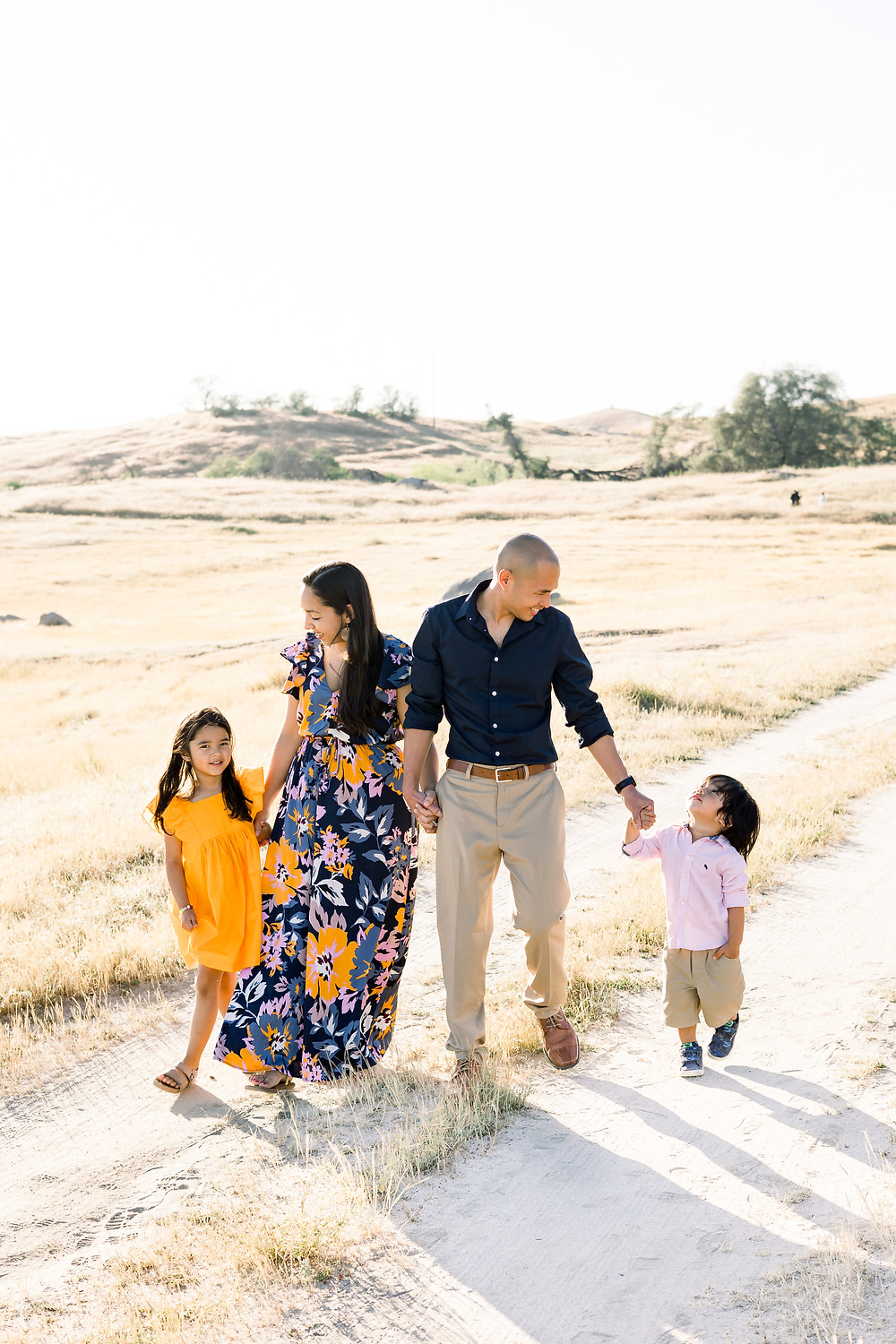 Ashley Norton Photography does a family session in Clovis, CA.