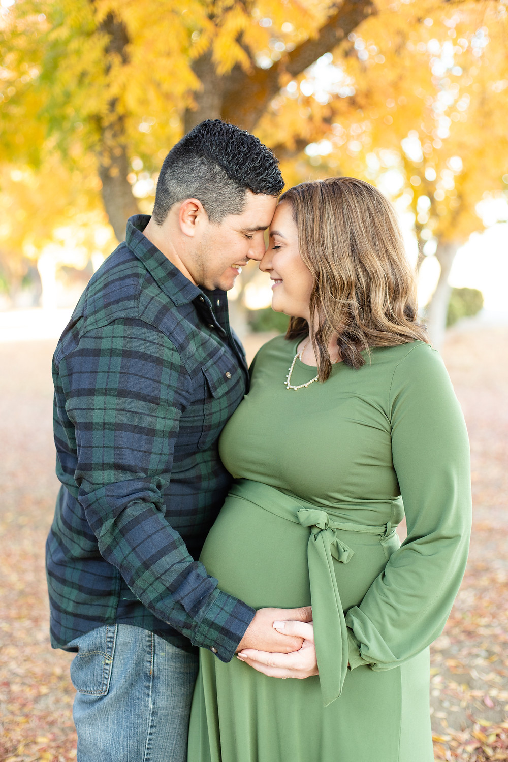Lifestyle session by family maternity photographer Ashley Norton in Lost Lake, CA.