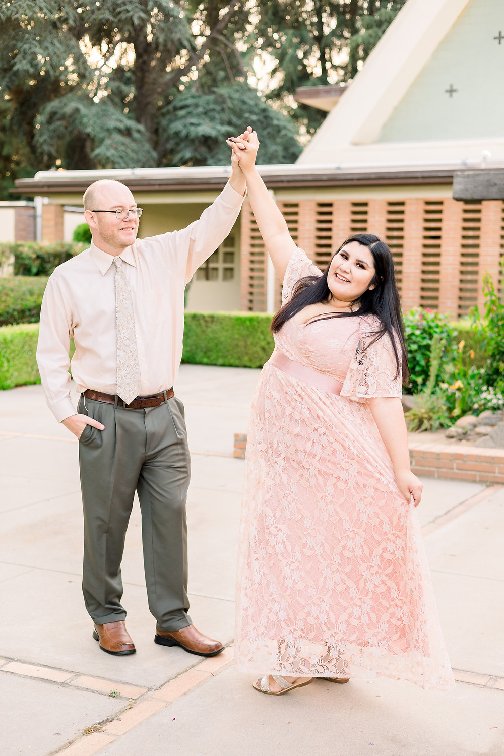 Engagement photographer in Fresno, CA
