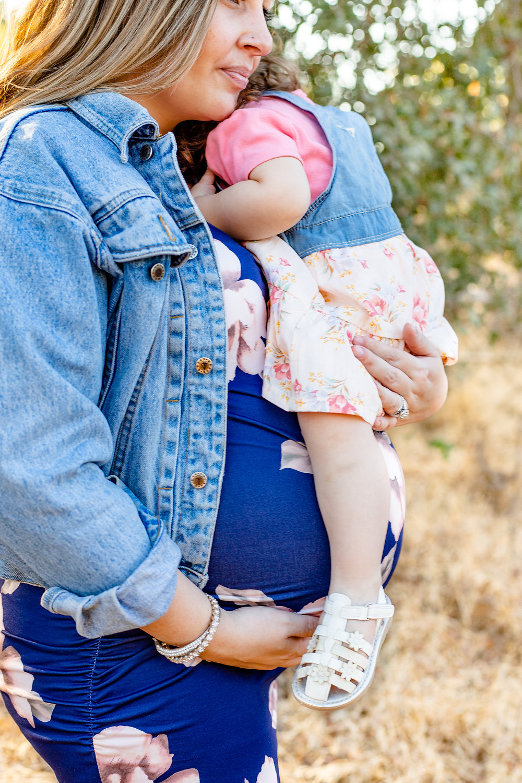 Lifestyle session by Clovis maternity photographer Ashley Norton.