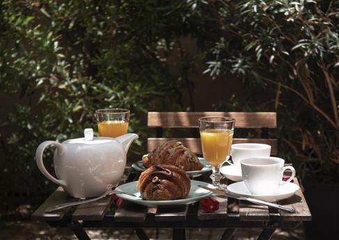 Breakfast at the Secret Garden