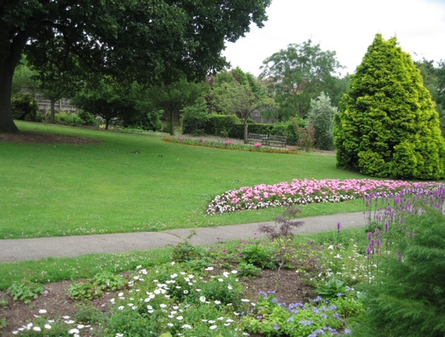 Holland Gardens 013.JPG