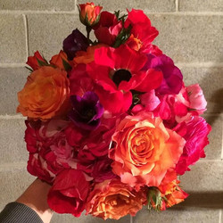 #Irinaenne #weddingflowers #lancasterflorist #flowers #redhydrangea #roses #ranunculus #anemones
