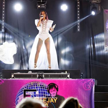 3 - Fx Deejay Show EN APESANTEUR 2.jpg