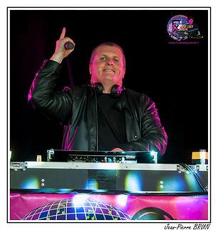 Fx deejay Show - Spectacle Fête Performance DJ christophe Nicolas