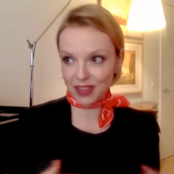 ScrMagdalena Baczewska in online lectures Enjoyment of Music een Shot 2020-11-24 at 11.23.06 AM