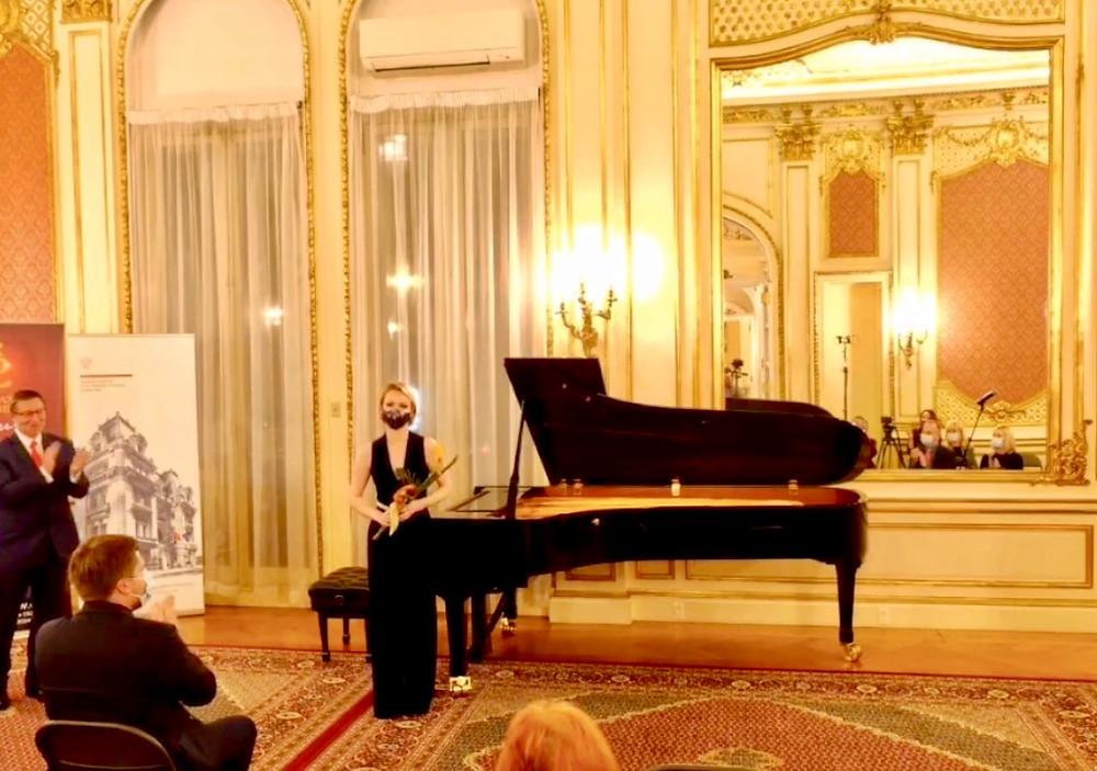 Magdalena Baczewska performs at the Polish Consulate