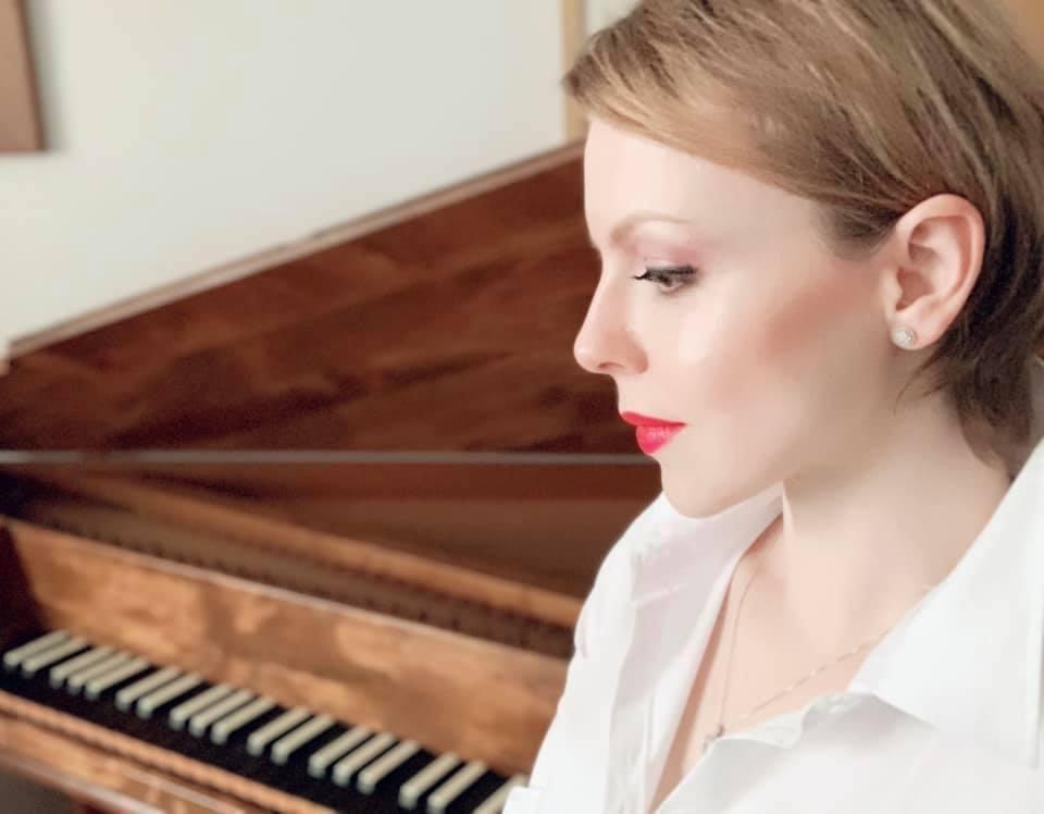 """Versatile and refined pianist"" Magdalena Baczewska"