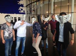 HEIMATLOS in masks © Liz Kosack