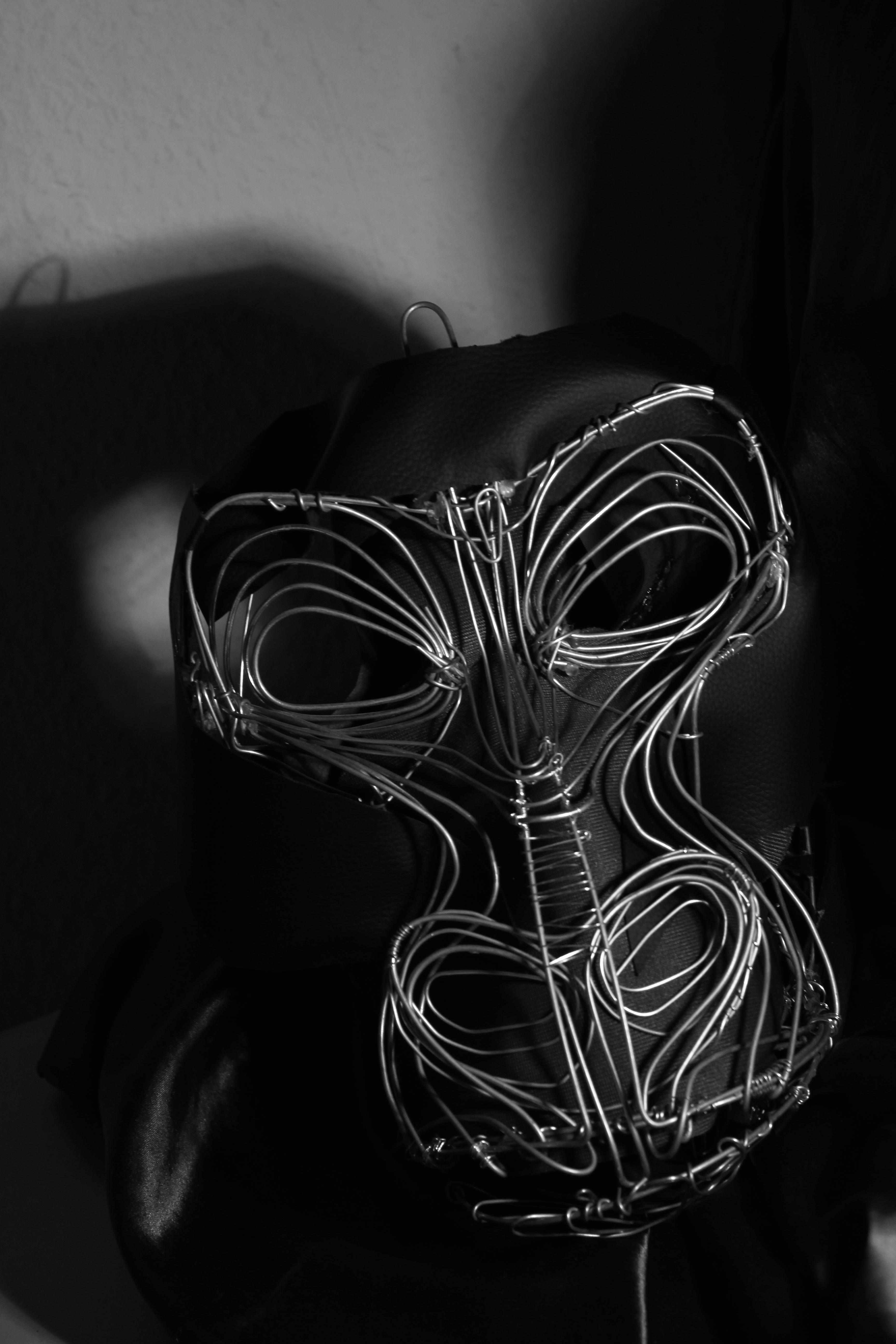 Liz Kosack - Gorilla mask #1
