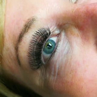 Volume Lash Extensions Downers Grove Smiling Lash Lounge