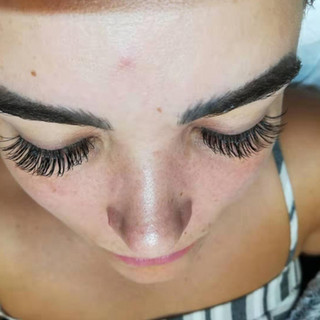 Glen Ellyn Eyelash Extensions Smiling Lash Lounge
