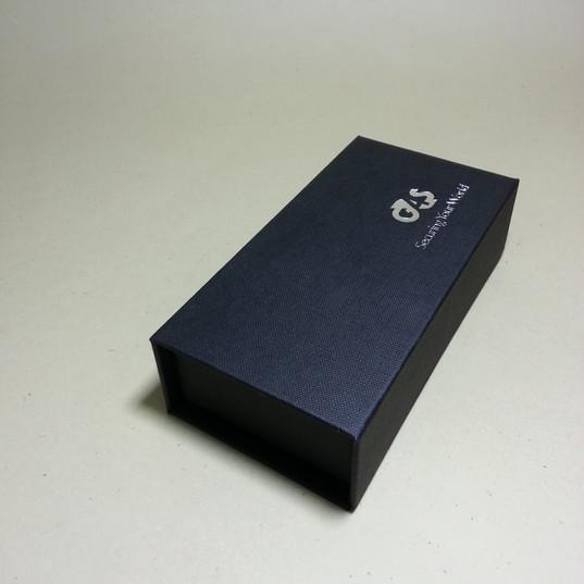 印盒CH-書型吸鐵鐵.胸針.袖扣盒-140-70-35mm-2.jpg