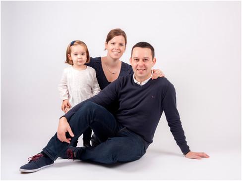 4-Elodie family.jpg