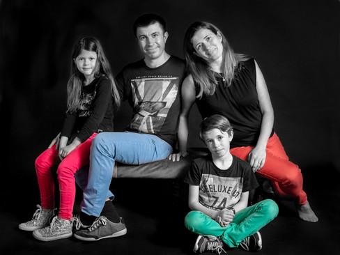 2-Lauretta Family .jpg