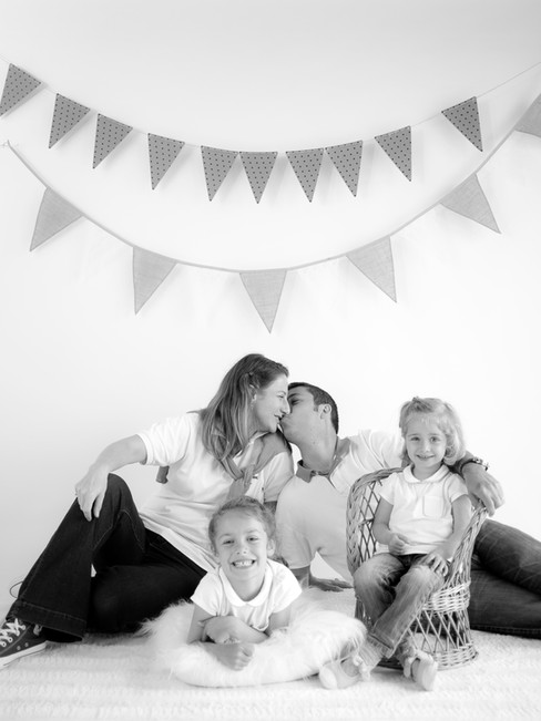15-Marie & Nicolas Family.jpg