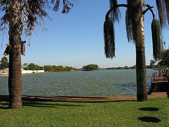 Hotel no lago em Guaira