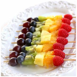 brochetas-frutas-arco-iris.png