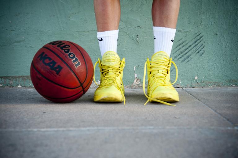 Phoenix arizona senior portrait sports photographer urban basketball.jpg