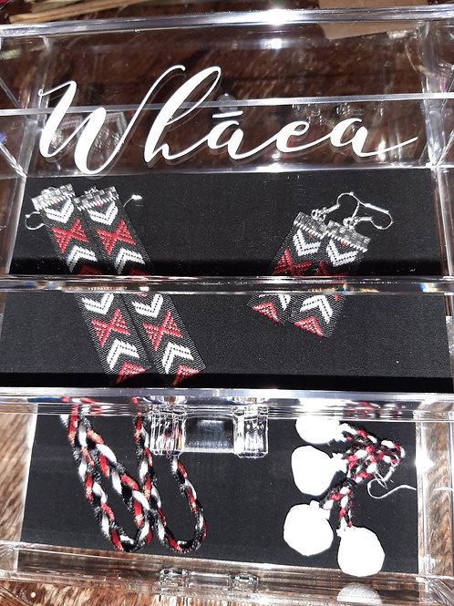 Whāea 2 Draw 4'Tings