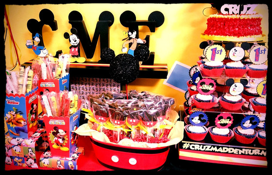 Mickey Smiles from Ear to Ear with Sweets & Favors