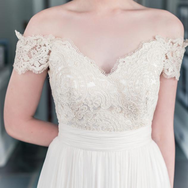 Alencon Lace with cording