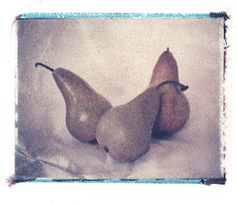 three_pears.jpg