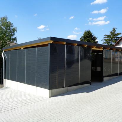 Garten- Bus-  Müllhäuschen