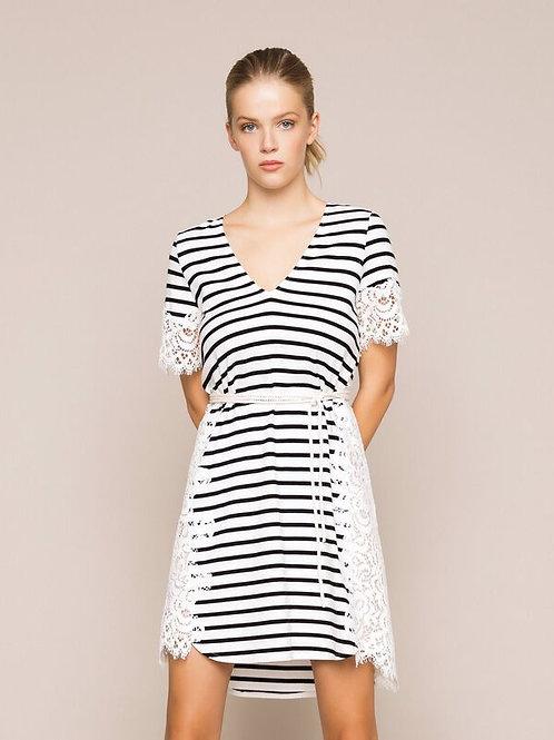 Vestido de rayas con encaje de macramé TWINSET