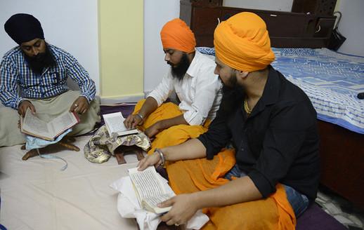 Singhs doing Santhia at Giani Ji's Vidhiala in Sri Hazur Sahib