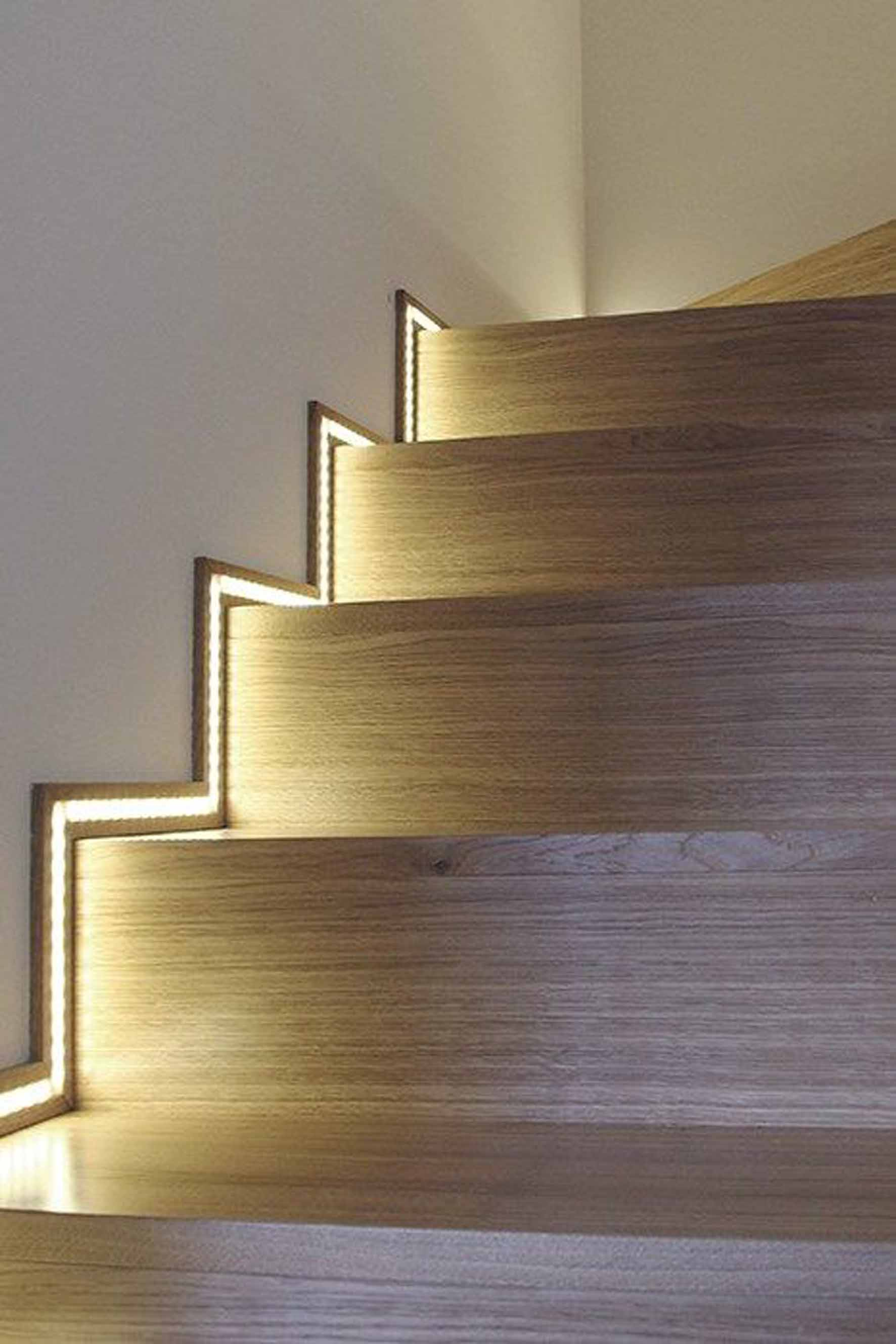 led lighting for stairs